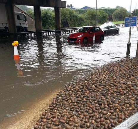 Chesterfield was once again left struggling with flooding at major junctions into the town tonight following heavy rain in the early evening.