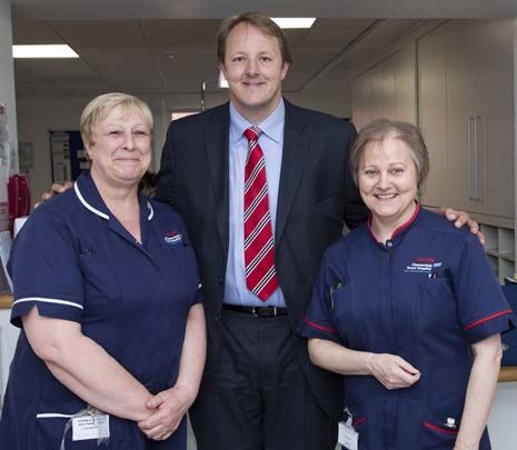 Chesterfield MP Toby Perkins visited the Chesterfield Birth Centre to congratulate staff on an unprecedented 50 out of 50 score on a national 'safety check' assessment