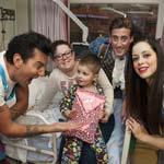 Panto Stars Show Support To Local Hospital