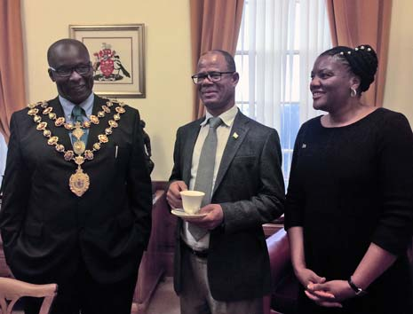 Chesterfield has been pleased to receive the High Commissioner of Namibia, Steve Katjiuanjo, today - to pay tribute to the 20th year anniversary of twinning between the town and Tsumeb in Africa.