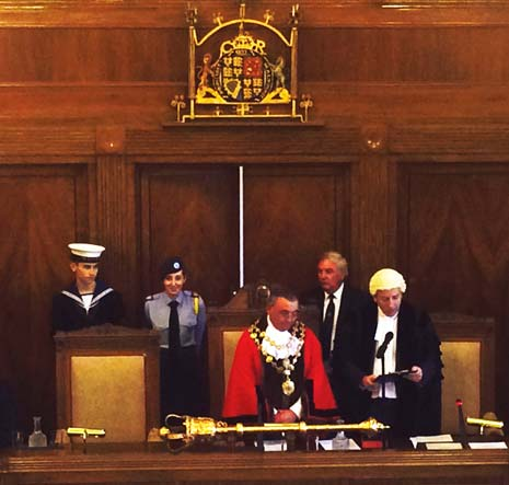 On Tuesday night, in the Council Chambers at the Town Hall, Barry was duly elected Mayor of Chesterfield for the year 2015/16.