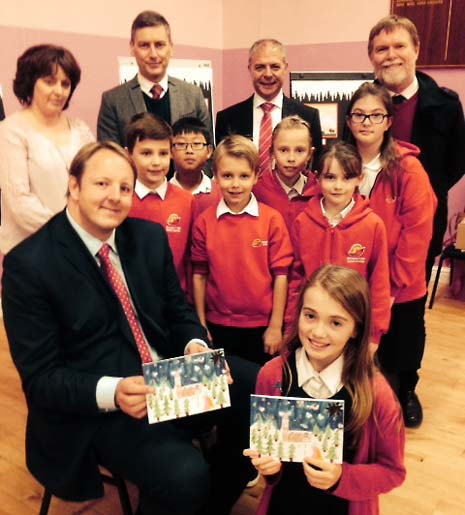 Children from a Chesterfield school have been busy with paint, glue and glitter following a challenge set by Chesterfield MP Toby Perkins to design his Christmas Card.