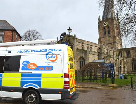 Local Safer Neighbourhood officers are teaming up to tackle anti-social behaviour in Chesterfield Town Centre.