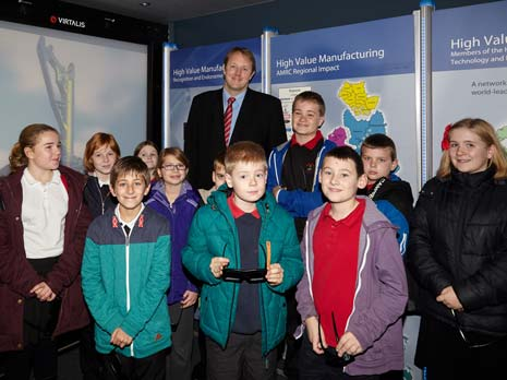 Toby Perkins MP for Chesterfield, joined students from Tupton Primary School on Mantra