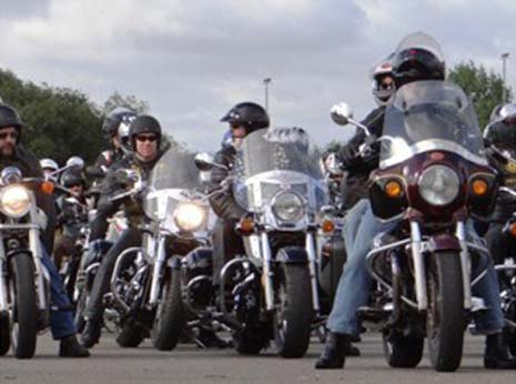 Air Ambulance Rescue is calling upon as many motorcyclists as possible to raise money by entering the 'Rescue Ride In', which will see hundreds of motorcyclists ride together from three different locations into the Brackley Festival of Motorcycling on 17th August.