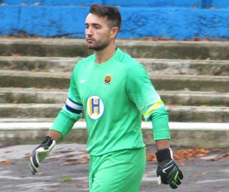The first half belonged to the visitors and Staveley had keeper Steve Hernandez to thank for keeping them in the game with a number of good saves